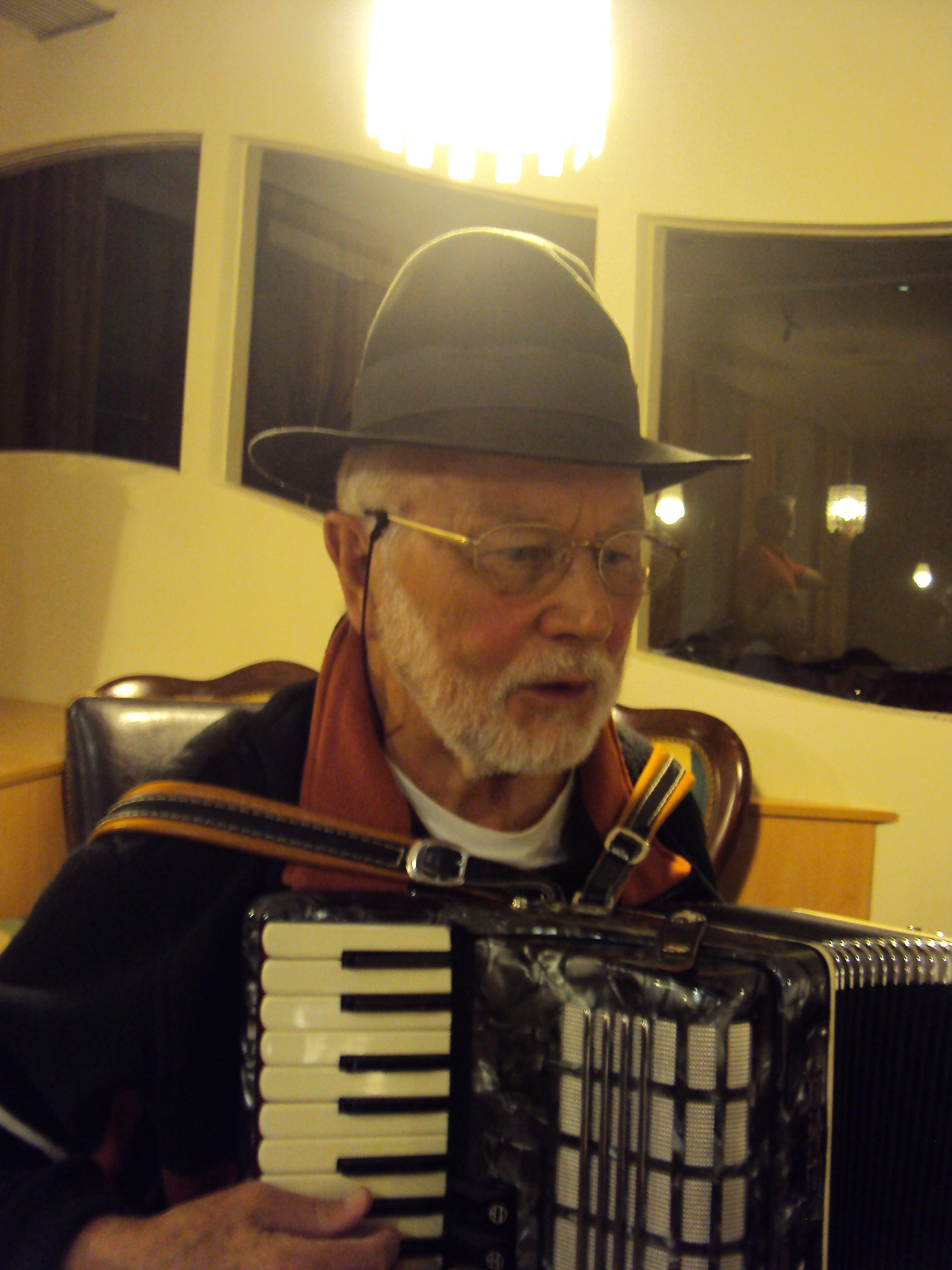 Als Musikant bei der VEZ Generalversammlung Sept. 2011 in der Villa Kunterbunt, Gallneukirchen